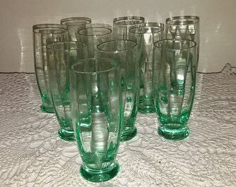 French Antique / 10 glasses, green mugs
