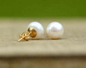 14K Gold Filled White Pearl Earrings, Ivory Pearl Studs, Bridal Earrings, Bridesmaid Gift, Wedding Jewelry, Freshwater Pearl Earrings