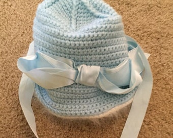 Vintage girls hand made knitted light blue hat with angora trim size 12-18 months