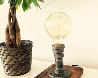 Industrial/Modern/Rustic/ Table Lamp/ Desk Lamp - Light - Edison Bulb