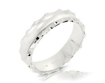 Hammered Wedding Band, 14K White Gold Ring Size 7.75 White Gold Band Ring, Wedding Jewelry Gift Anniversary Gift