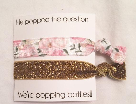 Bridesmaid hair tie favors//elastic hair tie//hair tie card//party favor,bridesmaid gift