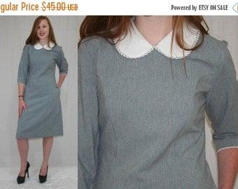 On Sale Vintage 80s Gray White Peter Pan Lace Collar Minimalist Secretary Midi Dress M