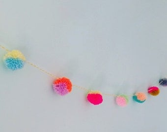 Pom pom garland (mixed brights)