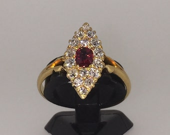 Victorian Marquise Shaped Diamond and Ruby Ring in 14K Yellow Gold. Birmingham XIX century.