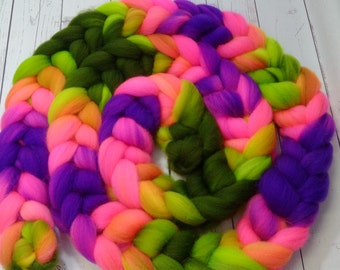 4 oz Hand Dyed Roving Braid  100% SW Merino Wool Top