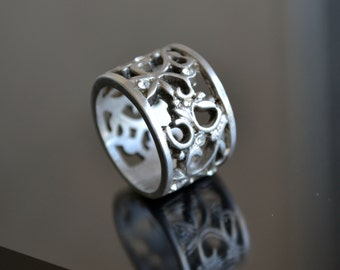 Silver Band, Silver Ring, Filigree Silver Ring, Boho Ring, Wide Band, Size 6.5 Band (R58)