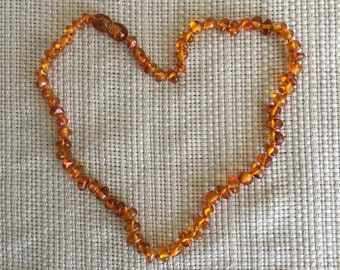 Teething necklace for baby from real Baltic Amber