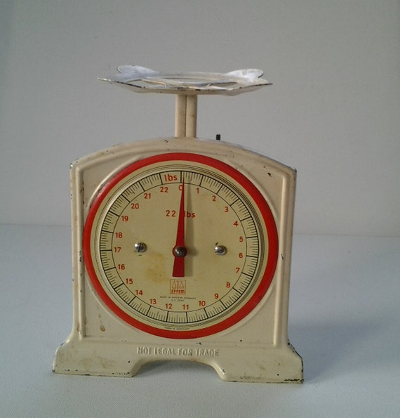 Vintage effem kitchen scale 1950 39 s west german scale for How much is a kitchen scale