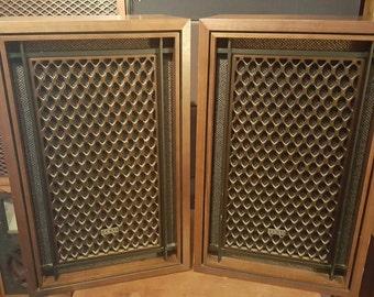 Akai SW-155 4 Way Speakers