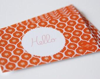 "10 mini-cards ""Hello"" orange geometric shapes for colorful greetings !"