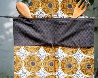 Kitchen apron for child