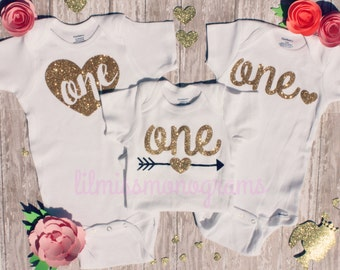 First Birthday Outfit for Girl or Boy | One Bodysuit Shirt | Photo Prop | First  Birthday | Custom Glitter | Tutu I ** Fast Ship **