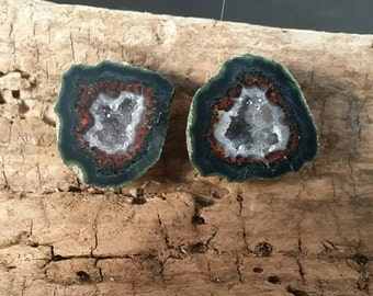 Plum Crazy Tabasco Geode Pair # 502