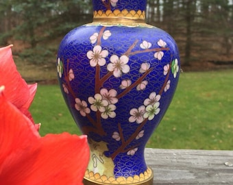 Vintage Chinese Cloisonné  Vase / Blue Cloisonné  /Asian Antiques / Asian Collectibles