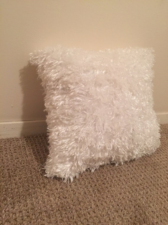 White fluffy pillow// decorative pillow// down alternative//
