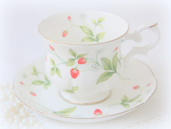 Vintage Royal Canterbury Fine Bone China 'Strawberry Field' Gentleman Size Cup and Saucer, England
