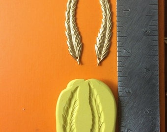 Feather Pair Silicone Mold for Gumpaste Fondant Chocolate Polymer Clay Resin Soap