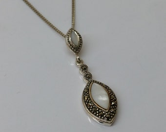 925 Silver Pendant with agate and Markasiten SK645
