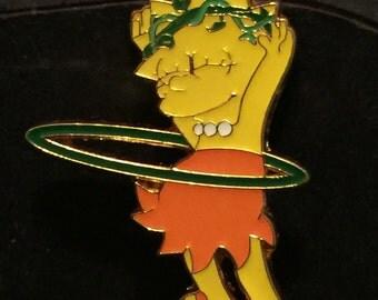 Lisa hula hooping hat pin