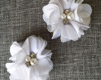 White Baby girl Hair Clips, flower hair clips, baby hair clips, white, hair clips, flower, small flower hair clip