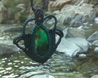 Macrame necklace and tourmaline