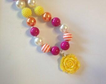 Fall rose bubblegum necklace