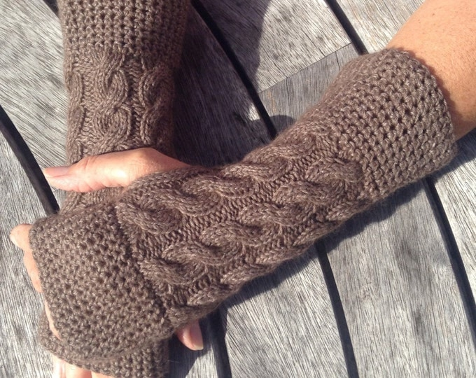 NEW COLOUR - Ladies taupe / brown pure cashmere fingerless mittens by Willow Luxury (one size)