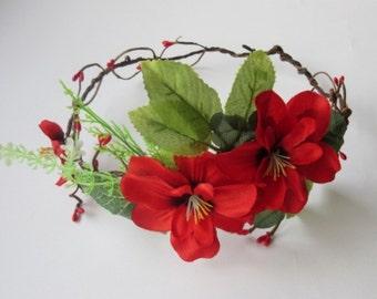 Red Flowers Crown, Bridal Floral Crown, Woodland Wedding Crown, Boho Floral Crown, Floral Head Wreath, Flower Girl Halo, Wedding Headpiece