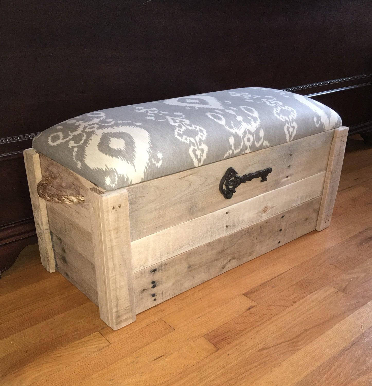 Foyer Storage Chest : Hope chest toy box entryway bench storage