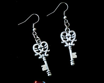 Sale Vintage Key Earrings Key charm of Love earrings Skeleton key earring SILVER key charm Skeleton key jewelry Boho jewelry Gift for wife