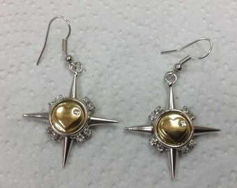 12mm Silver STAR HANGING EARRINGS..french wire...Rhinestones.. Gold tone heart snaps included...Fits 12mm snaps..