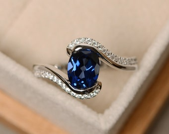 Sapphire ring, blue sapphire, oval cut sapphire, engagement ring