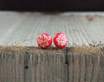 Flower earrings / studs
