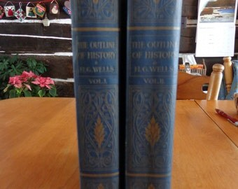 Outline of History - Being a plain History of Life and Mankind By H. G. Wells 1920 Vol I & II