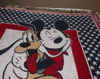 Vintage Walt Disney Mickey Mouse and Pluto blanket / throw from Beacom 48 x 55""