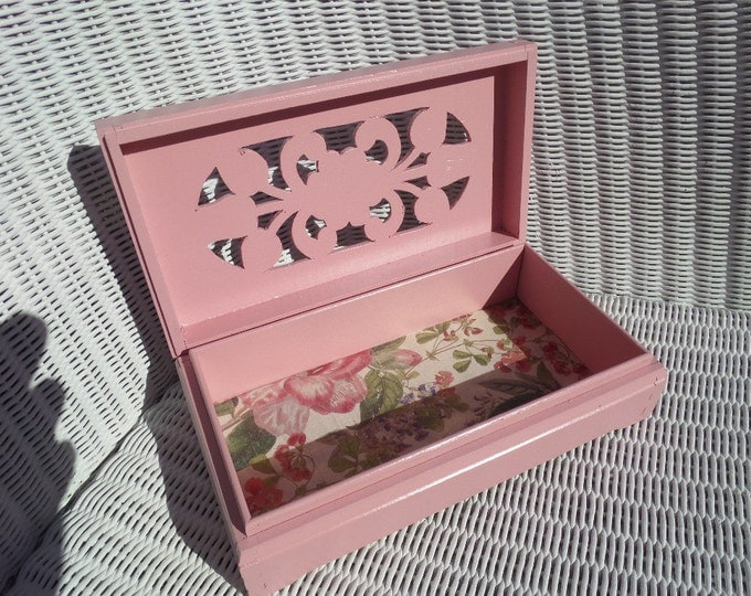"Pink Wooden Keepsake Box, Ideal Jewellery Storage Box, Handmade Pine Box, Fretwork Top, Circa 1960, Upcycled Inside and Out, 8.5"" x 2.25"""