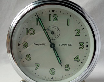 Great Awakening Bayard Sonnfor round / cream and chrome / 1960 / ski lift / vintagefr / french former awakening / old English alarm clock