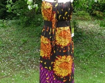 Striking Seventies Jean Allen Maxi Dress. Stunning Floral Print!
