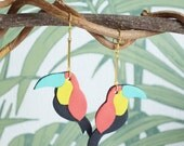 Toucan dangling earrings, leather and fine gilded brass