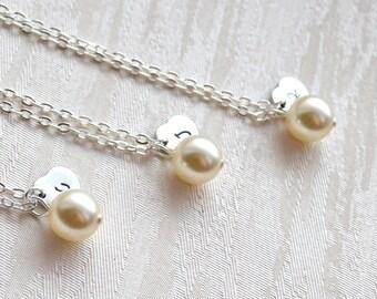 Swarovski Ivory bridesmaid jewelry set of 9 nine Personalized bridesmaid necklace Ivory necklace Bridesmaids heart necklace Bridesmaid gifts