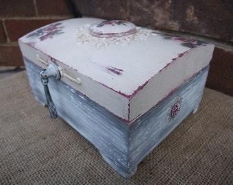 trinket wooden box,decoupaged box,roses box,shabby chic box,sentimental memory box