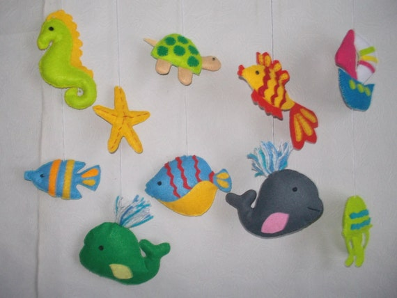 Baby crib mobile sea animals and fishwhales mobilemarine for Sea animal baby mobile