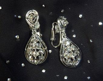 Vintage Clear Rhinestone Drop Earrings