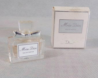 Fragrance miss Dior vintage Paris collection perfume miniature couture vintage France vintagefr