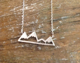 pyramids pendant necklace