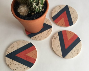 ARROWHEAD wood coasters, geometric coasters, midcentury modern coasters, kitchen decor, triangle, mountain, blue, speckle, housewarming