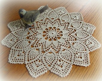 "Ecru/Natural Crochet Doily--Pretty Pointed Pineapple Doily--13-1/2"" --Free Shipping"
