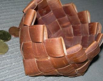 Vintage Birch bark basket Scandinavian Birch bark basket small Handmade Birch bark Basket