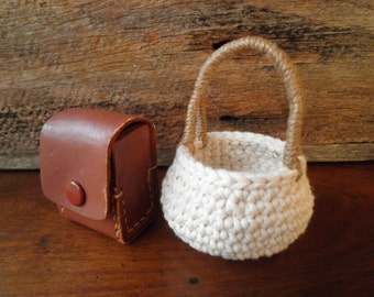 Small Round Basket with a Handle, Miniature Crochet Basket, Doll Basket, Cotton & Jute Basket, Shabby Chic Decor, Gift for women
